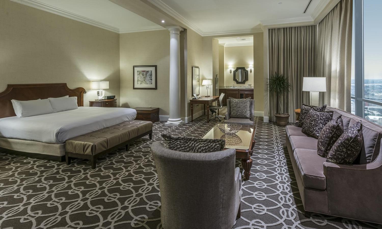 Hilton St. Petersburg Bayfront in St. Petersburg, Florida Bedroom